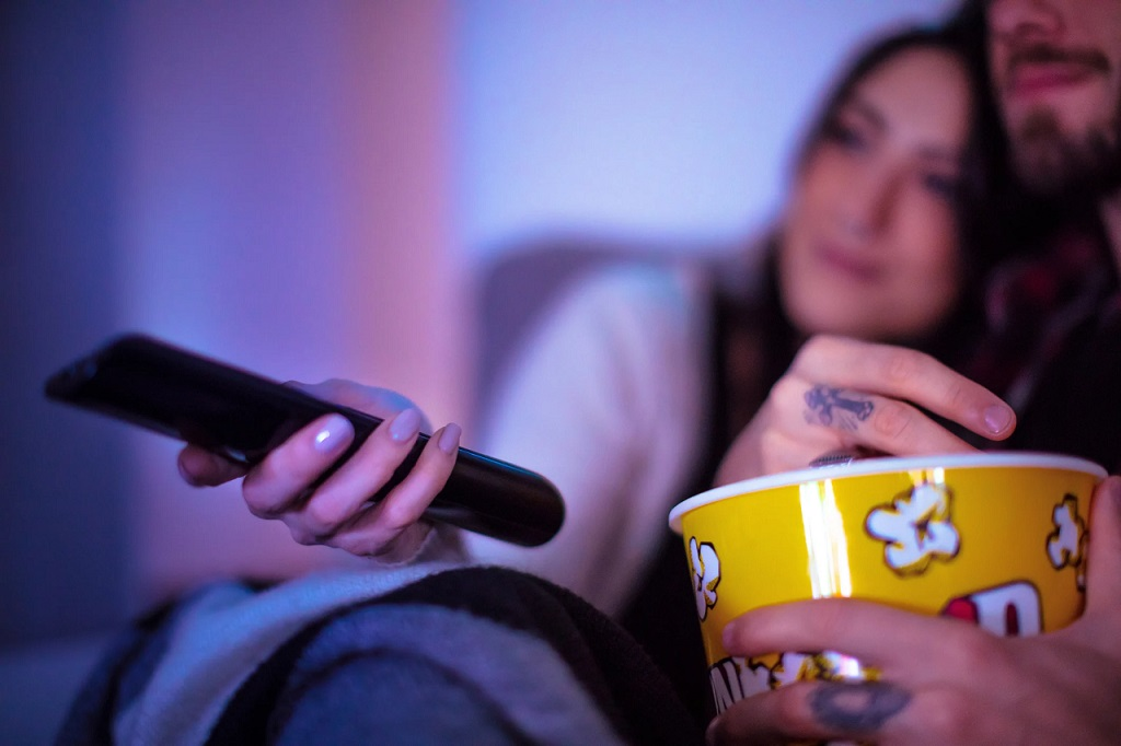 La adicción a las series consiste en consumo compulsivo de contenidos multimedia