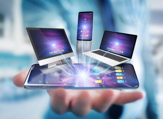 Las adicciones tecnológicas son trastornos relacionados con el uso compulsivo de nuevas tecnologías.