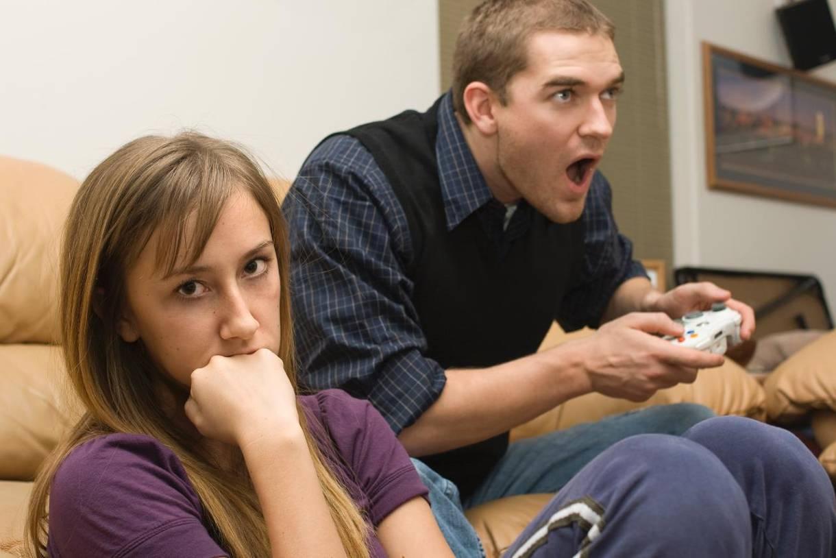 Jugar más de 2 horas al día puede suponer necesitar tratamiento de adicción a los videojuegos
