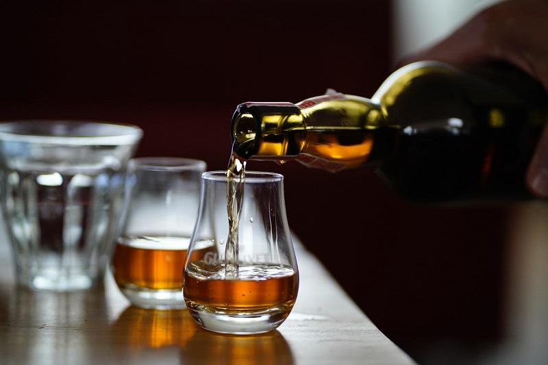 Existen diferentes test de adicciones para saber si tienes alcoholismo o eres adicto al alcohol.